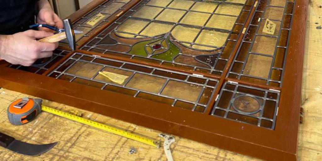 GlasParade   Een restauratie van glas in lood